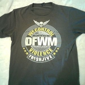 FRESHJIVE men's small t shirt